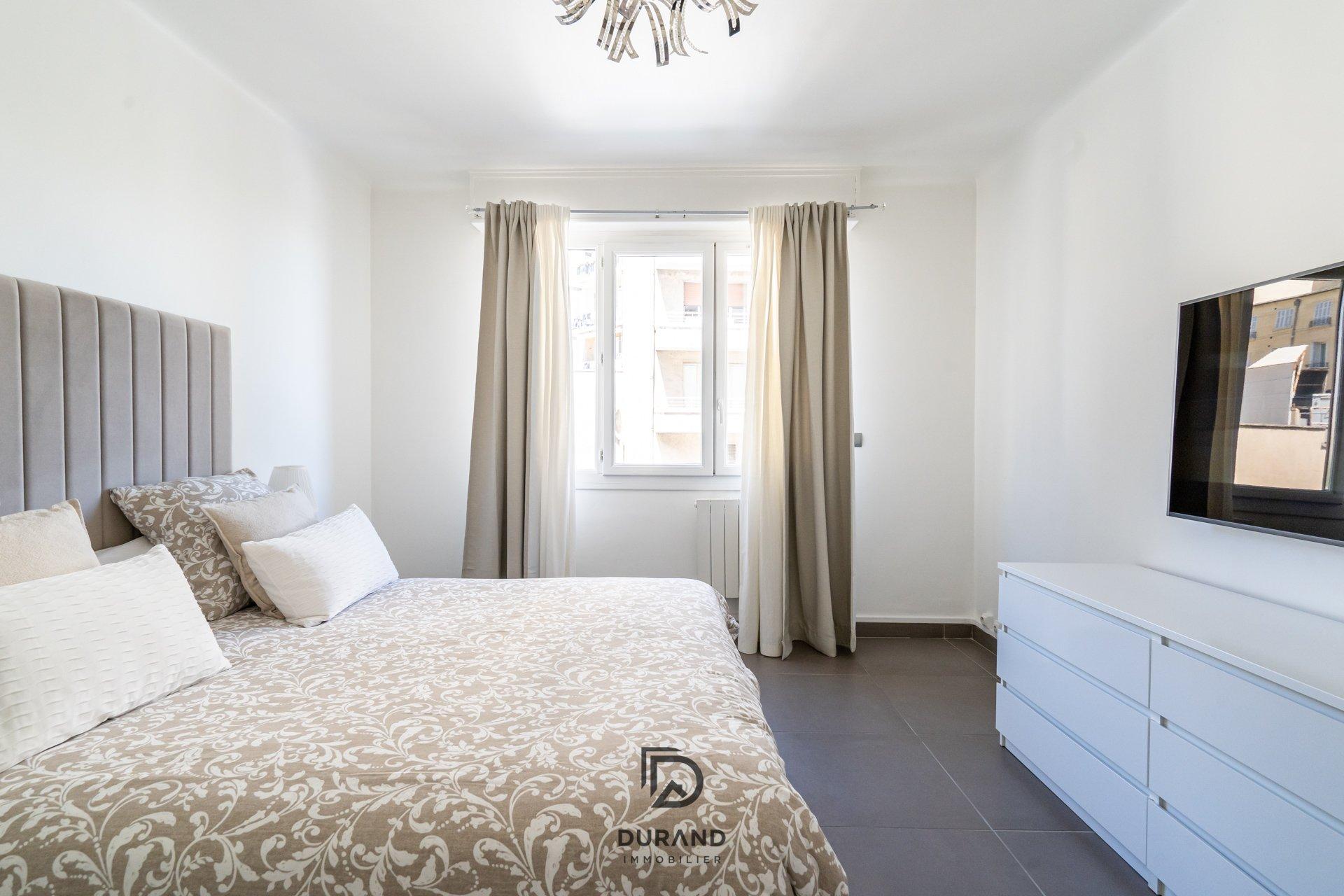 Appartement 3 pièces 62 m2 - CINQ-AVENUES 13004 Marseille